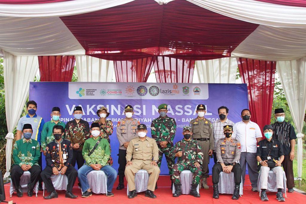 Vaksinasi Lintas Iman di Banjarnegara, Ketua MDMC: Tidak ada Suatu Agama pun yang Kebal Covid-19