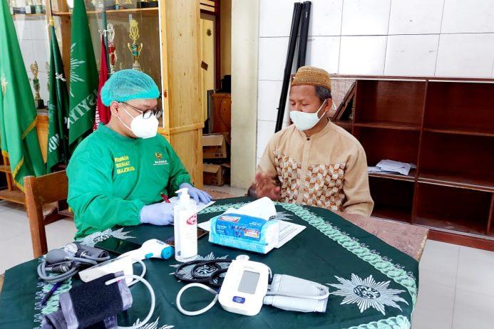 """Vaksinasi Covid-19 """"Kita Jaga Kyai"""" Di MBS Ki Bagus Hadikusumo Bogor"""
